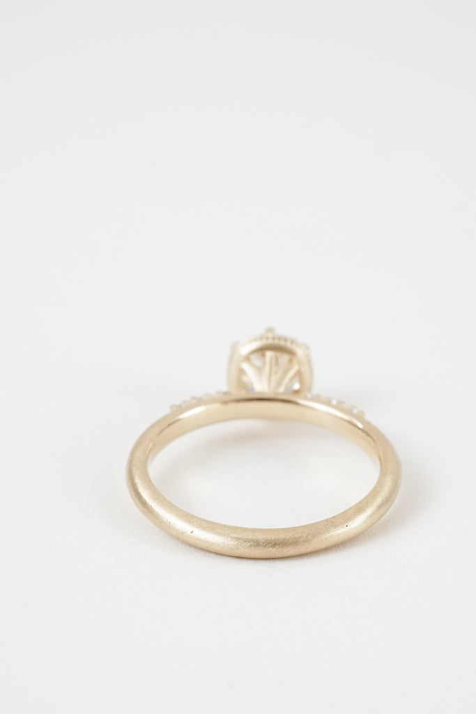 Valeria Pave Solitaire by Kate Ellen