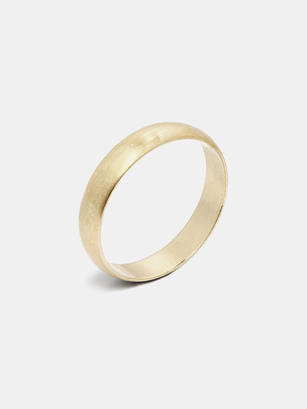 Heath Lite Band in 14k yellow gold with organic texture and signature matte finish.