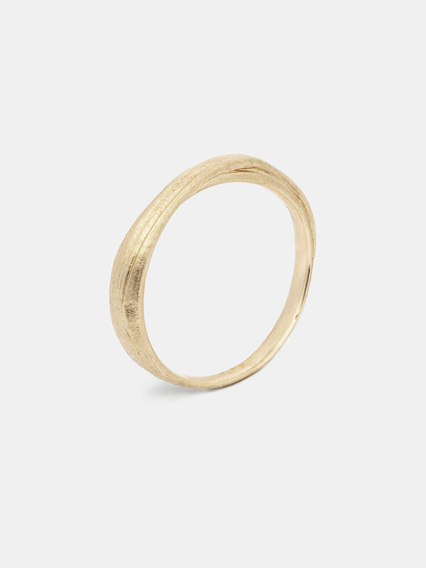 Mitsuro Band- Slim in 14k yellow gold with signature matte finish.