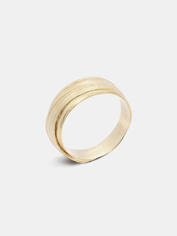 Mitsuro Band- Wide in 14k yellow gold with signature matte finish.