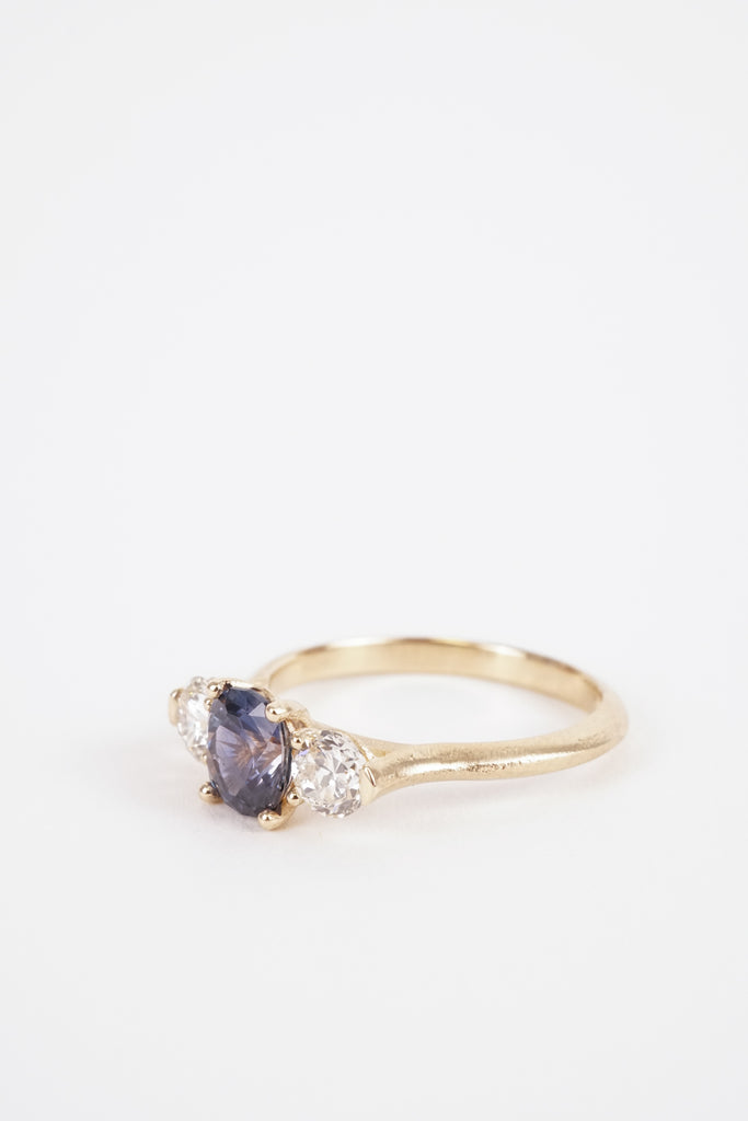 Trillium Oval Ring - Violet Bi-Color Sapphire (One of A Kind)