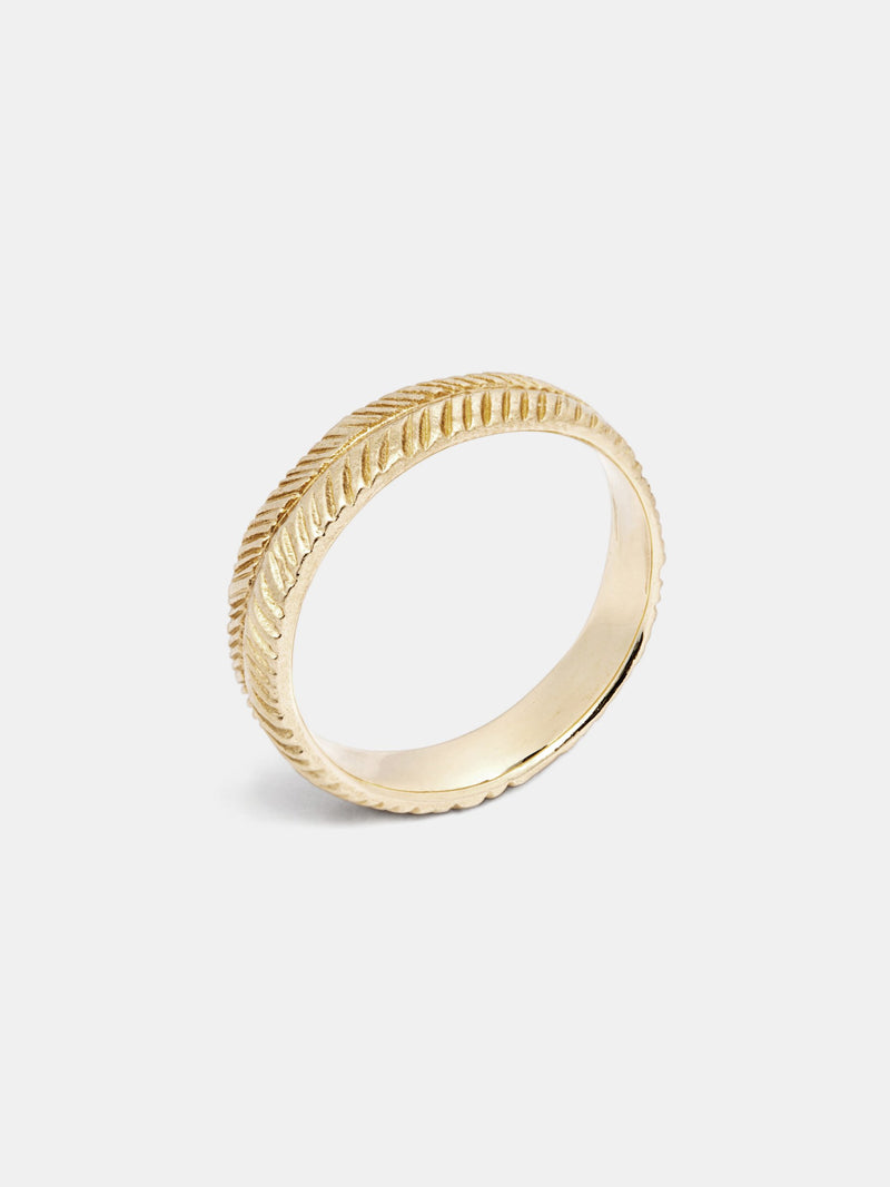 Wisteria Band- 5mm in 14k yellow gold with signature matte finish.