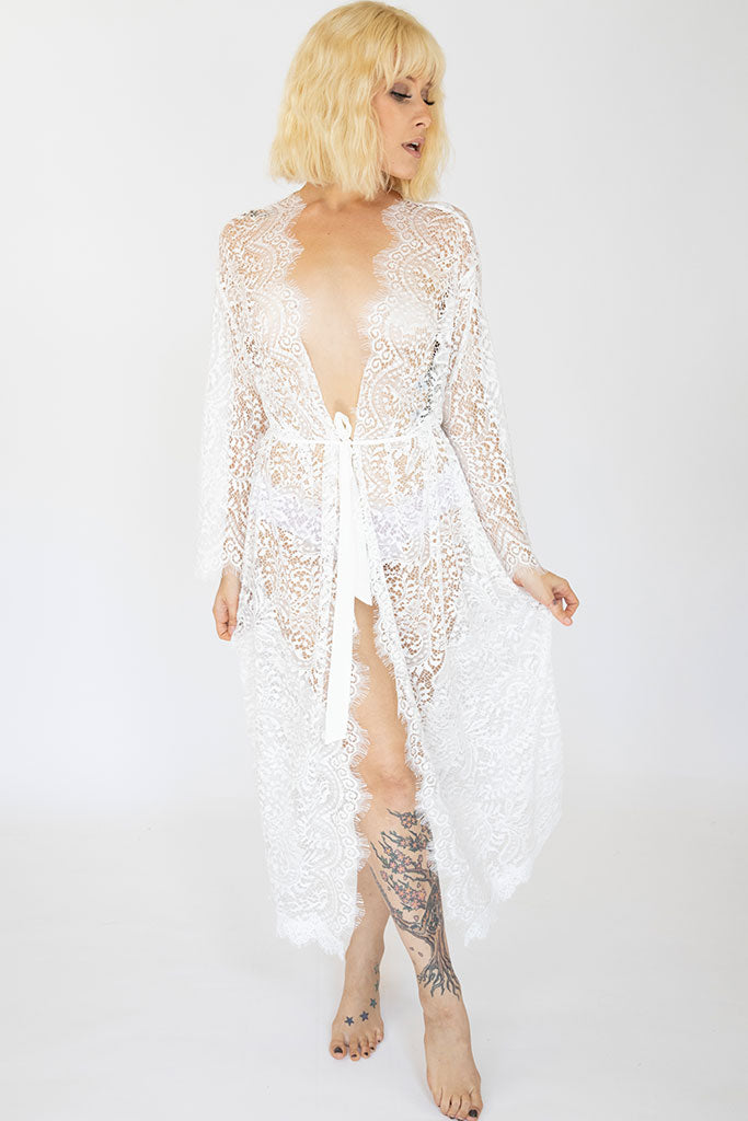Long Lace Anabella Robe