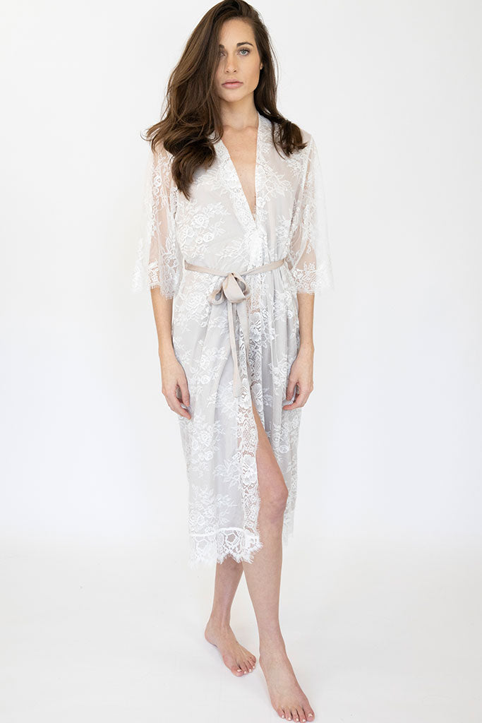 Long Lace Emmy Robe