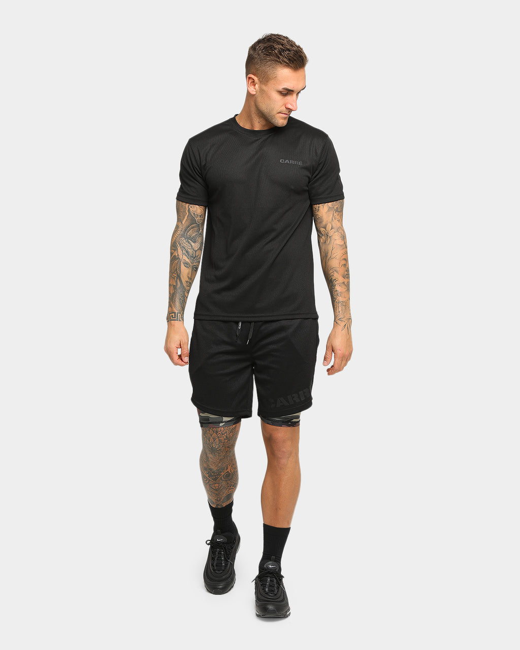 Carré Momentum Active Short Black/Camo