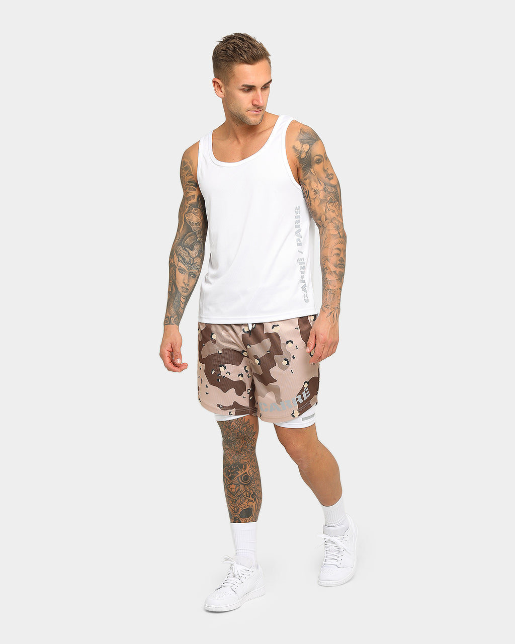 Carré Momentum Active Short Desert Camo/White