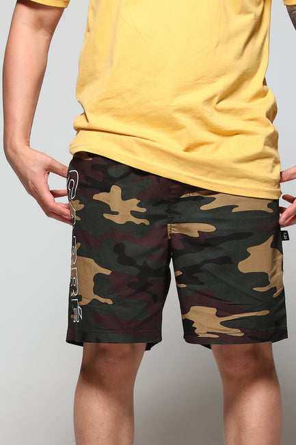 Carré Contour Essential Short Camo