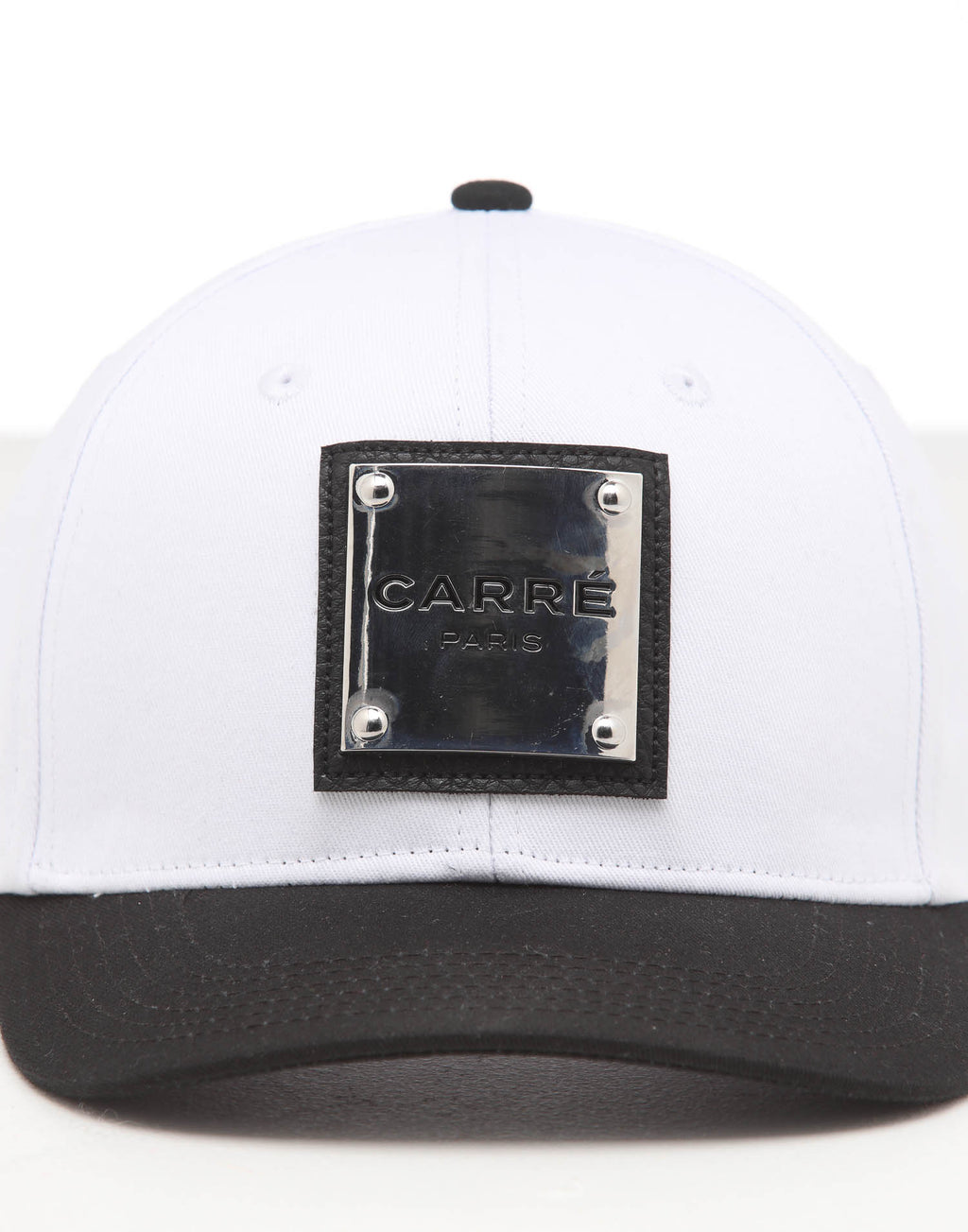 CARRÉ STAPLE METAL GRAND SNAPBACK WHITE/BLACK