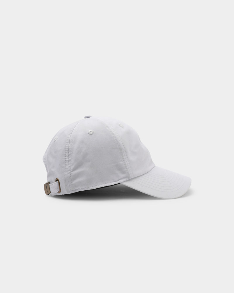 Carré Men's Scripted Metal Badge Classique Strapback White/Gold