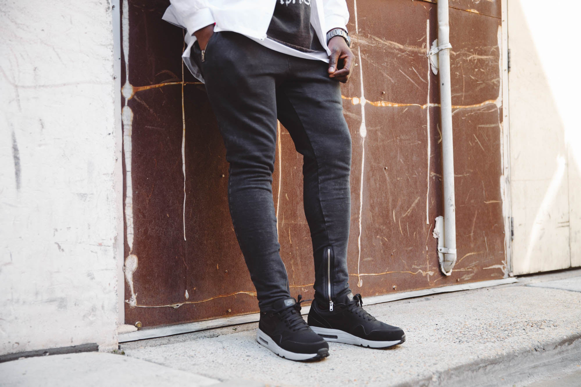 DUST WASHED TRACK PANTS - Black
