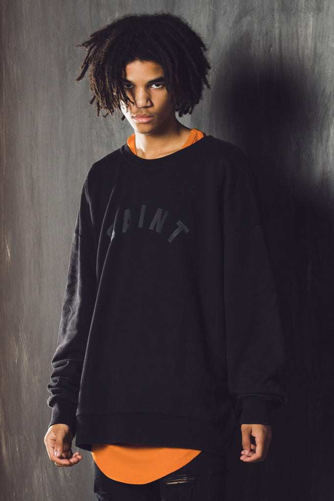 STANDARD OVERSIZED SWEATER - Black