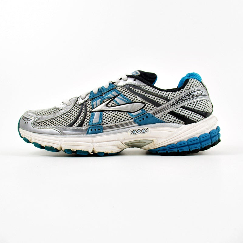 a80342e4c6ab7 Buy Brooks Shoes Online In Pakistan