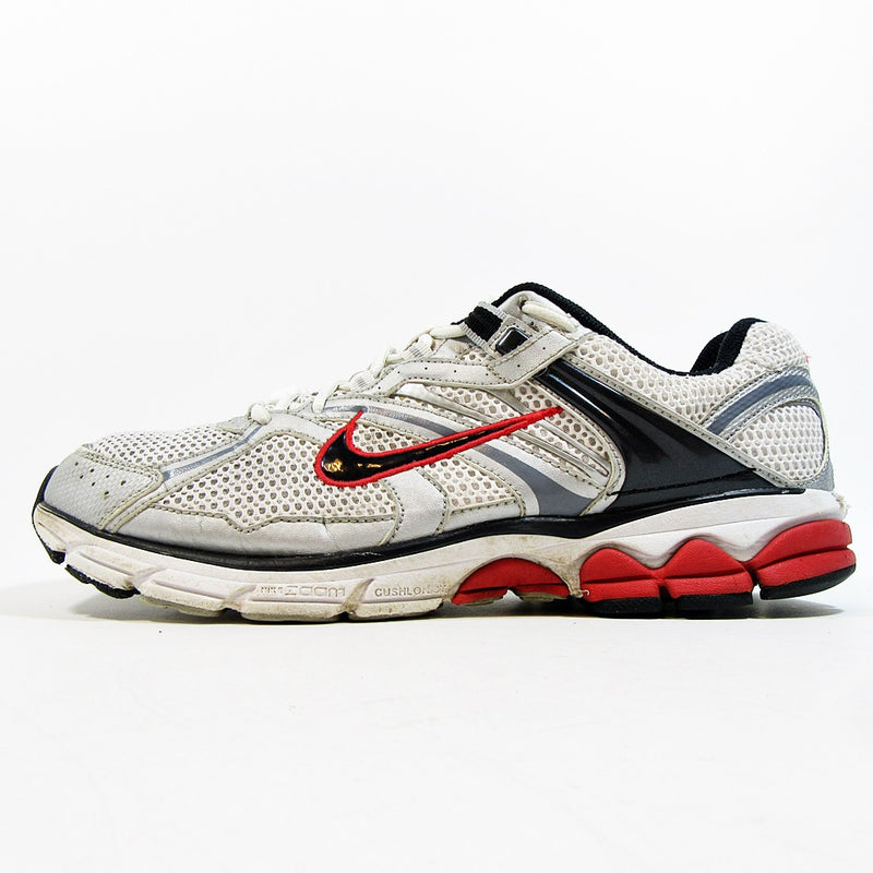 ... Shoes / NIKE Equalon 4. Nike