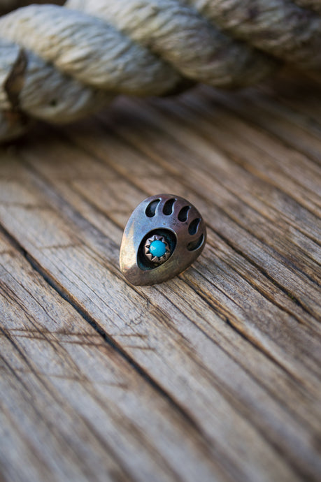 Navajo Bear Paw Tie Tack/Collar Pin
