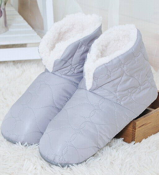 good quality household slippers, feather surface soft bottom men slippers, men shoes only fit one size 29cm Europe Size 40-44 - Best price in 10minus