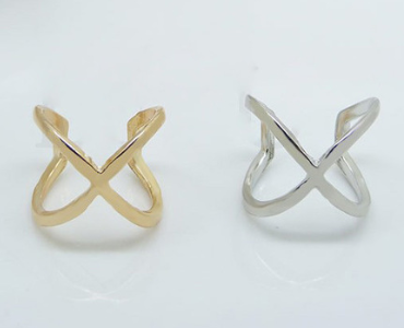FM Limited Edition Cross Over Ring