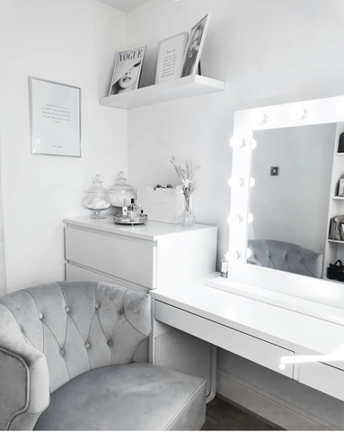Fabulous dressing table with a Hollywood style illuminated vanity mirror