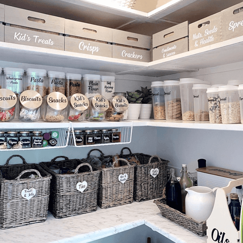 If only we could all have a pantry this well stocked and organised! This one is definitely #lifegoals