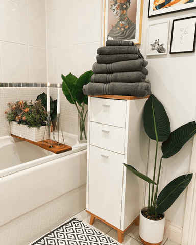 Urban oasis style bathroom by @freemensmeadow_26 on Instagram