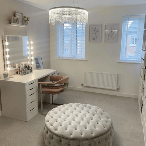 Who doesn't wish for their very own dressing room, complete with a Hollywood mirror and oversized velvet pouffe