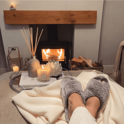 What could be more cosy than an evening sat in front of a log fire with the soothing scent of a Hampton and Astley Sandalwood and Cedar natural wax candle. Heavenly!