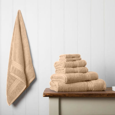 Our towel bale offers 7 Caramel Latte towels including 1 large bath sheet, 2 bath towels, 2 hand towels, 2 face cloths
