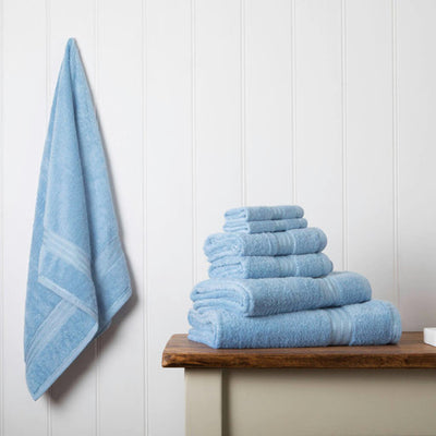 Our towel bale offers 7 blue towels including 1 large bath sheet, 2 bath towels, 2 hand towels, 2 face cloths