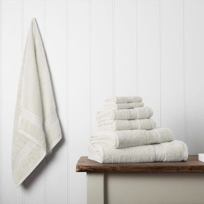 Our towel bale offers 7 cream towels including 1 large bath sheet, 2 bath towels, 2 hand towels, 2 face cloths