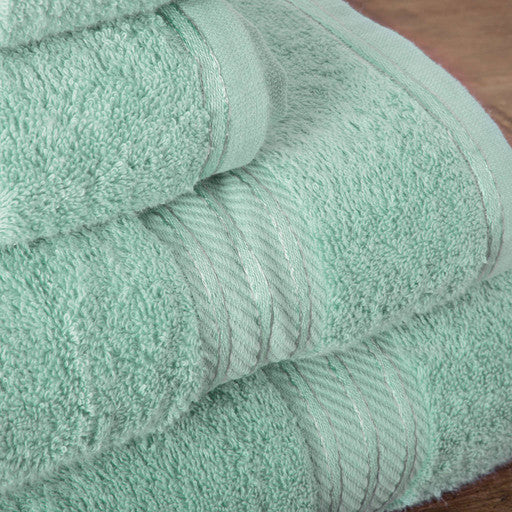Our green bath sheets make your bathroom feel like a spa.