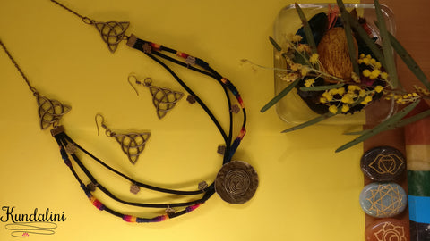 Triquetra Woven Leather Collar Necklace with earrings