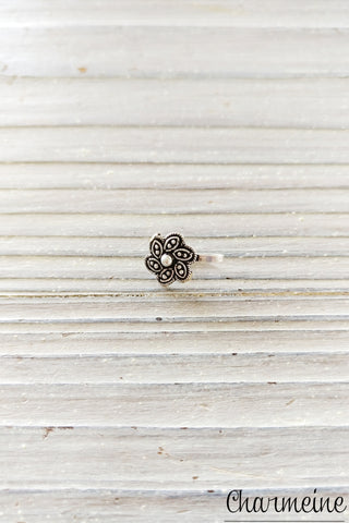 Silver Dotted Flower Nose Pin