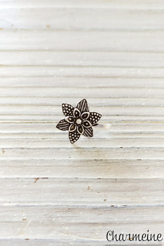 Star Flower Nose Pin