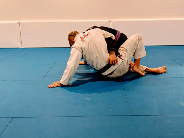 Hip escape with posted hand