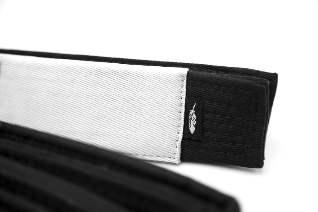 BELT - BLACK (WHITE BAR)