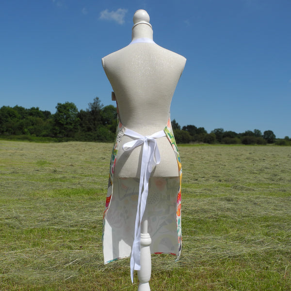 Back view of Bright Birds apron by Rollerdog