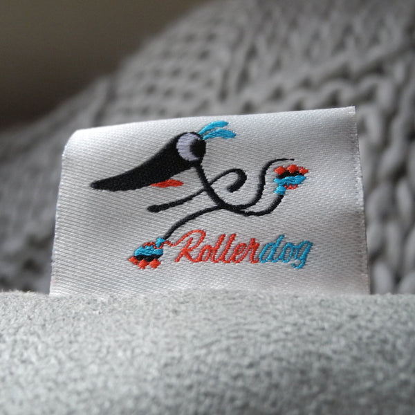 The label on a Rollerdog cushion