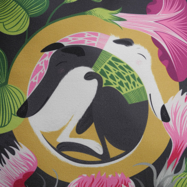 Close up view of the Mabel & Olive tote bag
