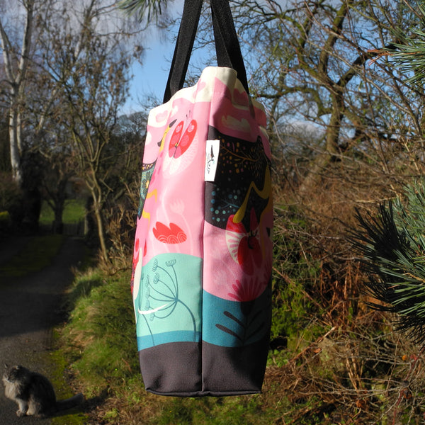Side view of the Zoomies tote bag by Rollerdog