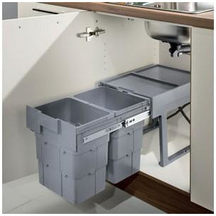 Space saving EasyWaste Pull out waste bin