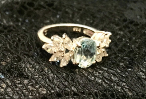 Gorgeous Sparkling Cubic Zirconia Ring / Vintage 1980's / Cocktail / Diamond Style / Sterling Silver / Engagement / Party / Promise Ring