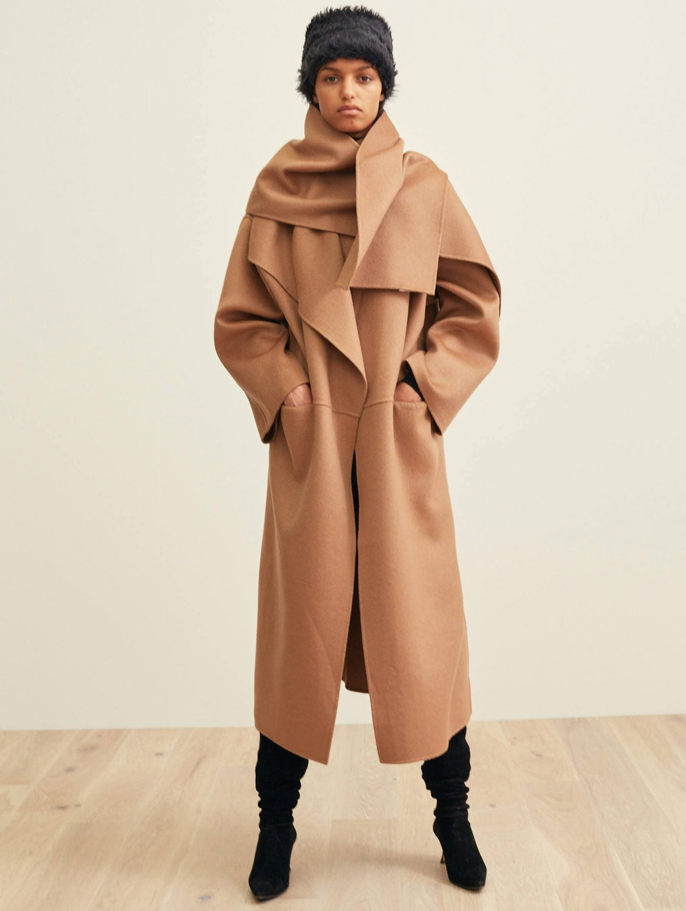 a62bb59b5f8c Toteme Annecy Coat camel cahsmere ull