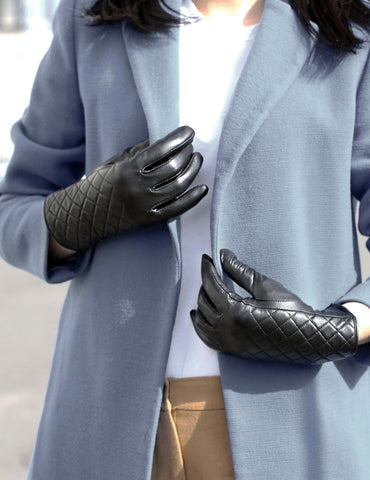 Women's Deluxe Quilted Leather Touch Screen Gloves