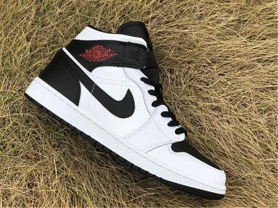 AJ 1 Mid Reverse Black Toe (W) Shoes Sneakers