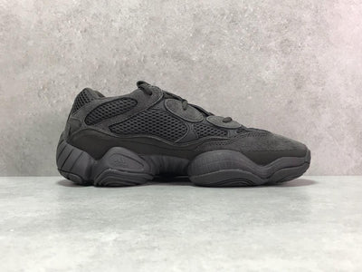 YzY 500 Utility Black Shoes Sneakers