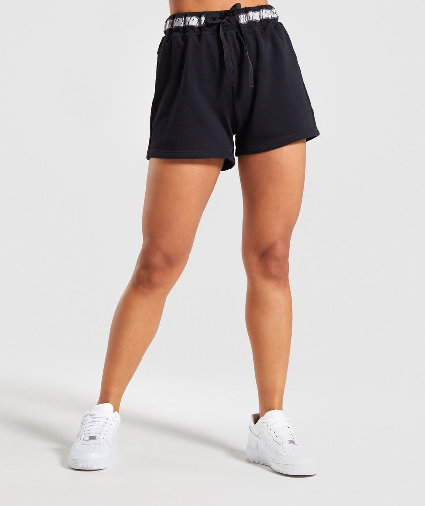 Gymshark 24/7 Shorts - Black 1