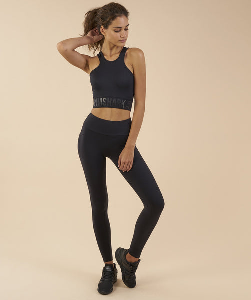 Gymshark Serene Sports Crop Top - Black 3