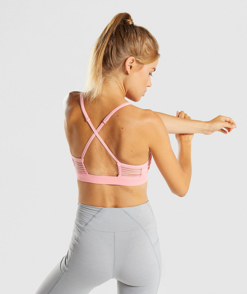 Gymshark Ease Sports Bra - Peach Pink 2