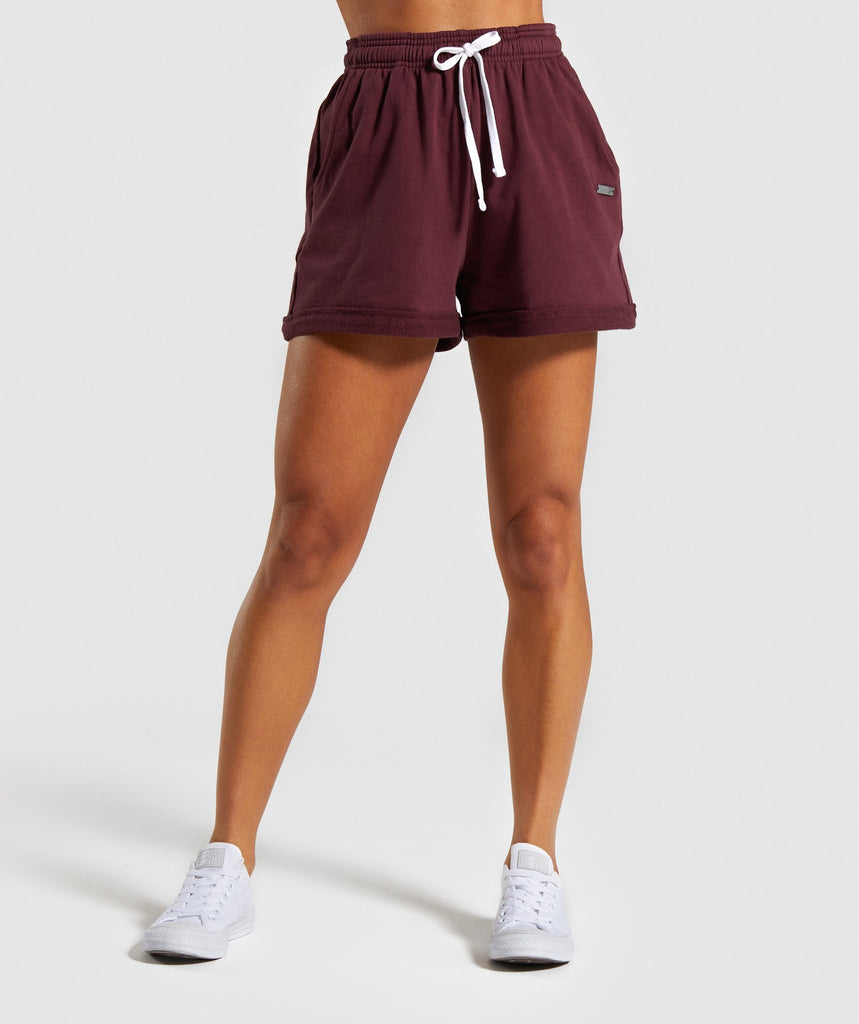 Gymshark Horizon Graphic Shorts - Berry Red 1