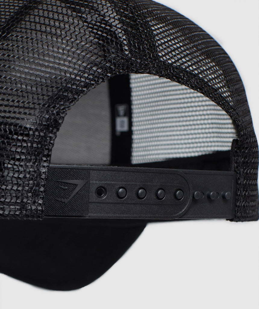 Gymshark New Era Mesh Trucker - Black/Black 5