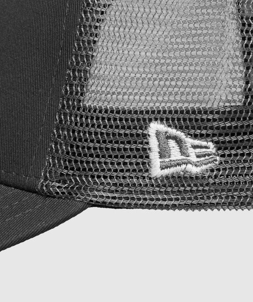 Gymshark New Era Mesh Trucker - Graphite/White 3